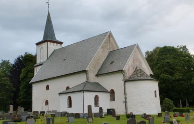 Tanum kirke, Larvik